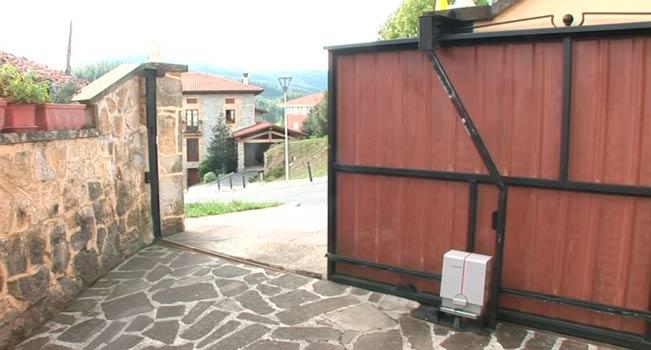 Motor erreka lince para puerta corredera hasta 650 kg - Motor puerta corredera ...