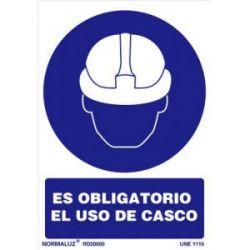 Señal Pvc Obligatorio Uso Casco 21X30 Cm