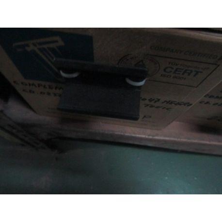 CIERRE COMPLEMENTO 4 HOJAS 70mm. Ref. 4047 L/NEGRO